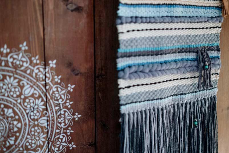 Loom weaving wall hangings